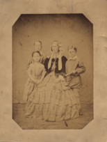 Mary Munday (née Hill) with 3 or her 10 children.png