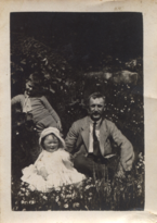 Geoffrey-and-nyria-with-their-father-1919 35929320582 o.png