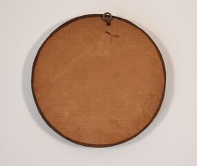 Round carved wooden frame 5.jpg