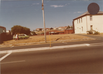 FSPS Stirling Highway, Vacant block next to Catholic Church, 2-4-B 1980.png