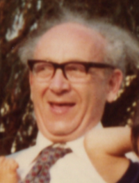 Grebby with Sam and Thomas, December 1982 (cropped).png