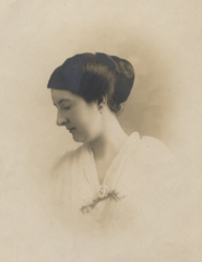 Helen Rose Lodge, July 1913, cropped.png