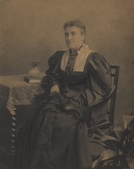 Catherine-aldridge-1895-09-28 35966702881 o.png