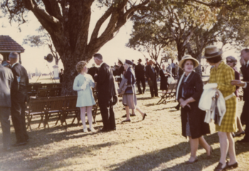 East Perth Cemeteries, pioneers service, 1969, cropped.png