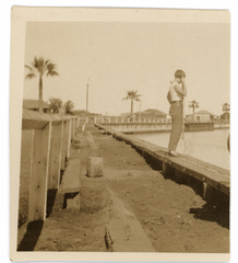 Connie Hall crabbing in Carnarvon (full).png