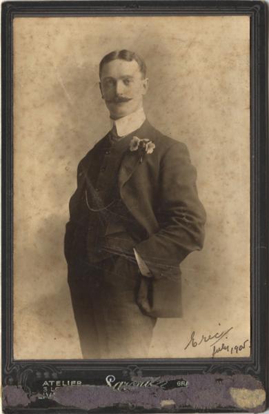 Eric-hancox-in-1905 35929321262 o.png