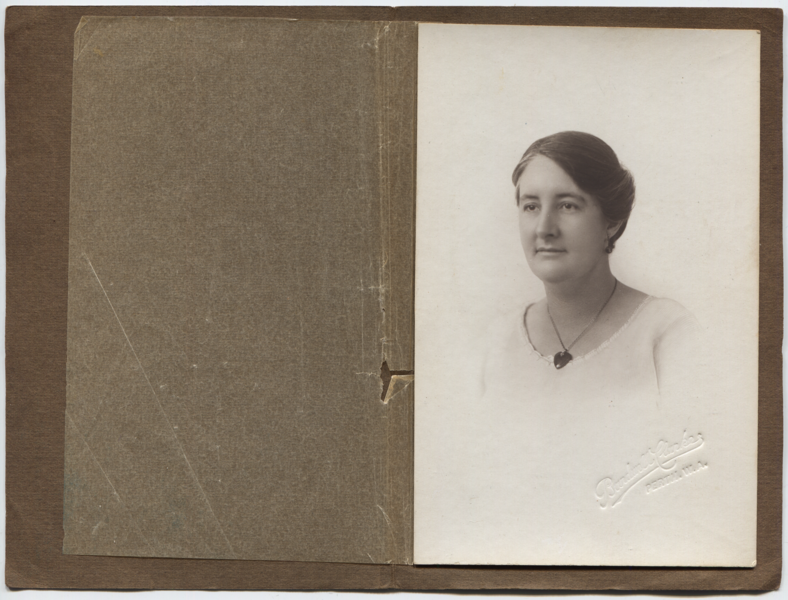 Helen Hall, Perth 1924, scaled.png