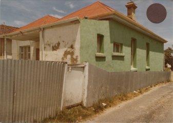 FSPS South Terrace 233, Side of no. 192 from lane, 13-5-B 1979.png